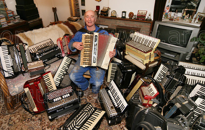 20080129Accordion3PR 