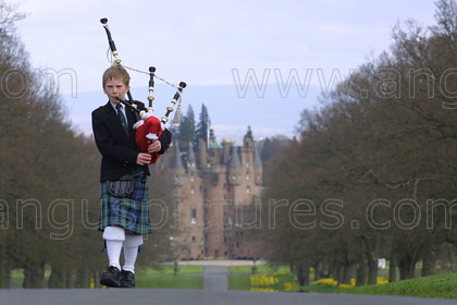 8556588 