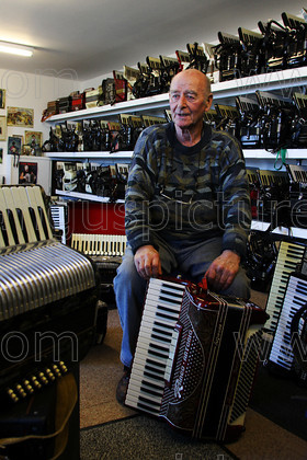 20130226Pullar 5PR 