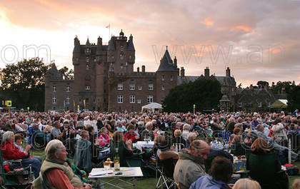 7245582 