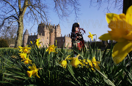 20020330GlamisPR 