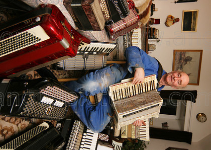 20080129Accordion1PR 