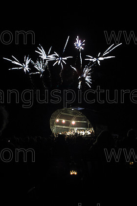 7457456 