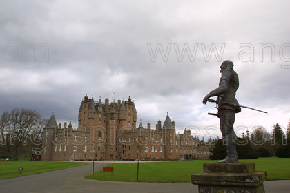 7457462 