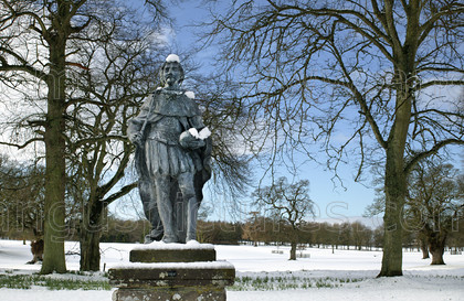 8674181 