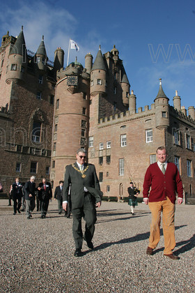 8163214 
